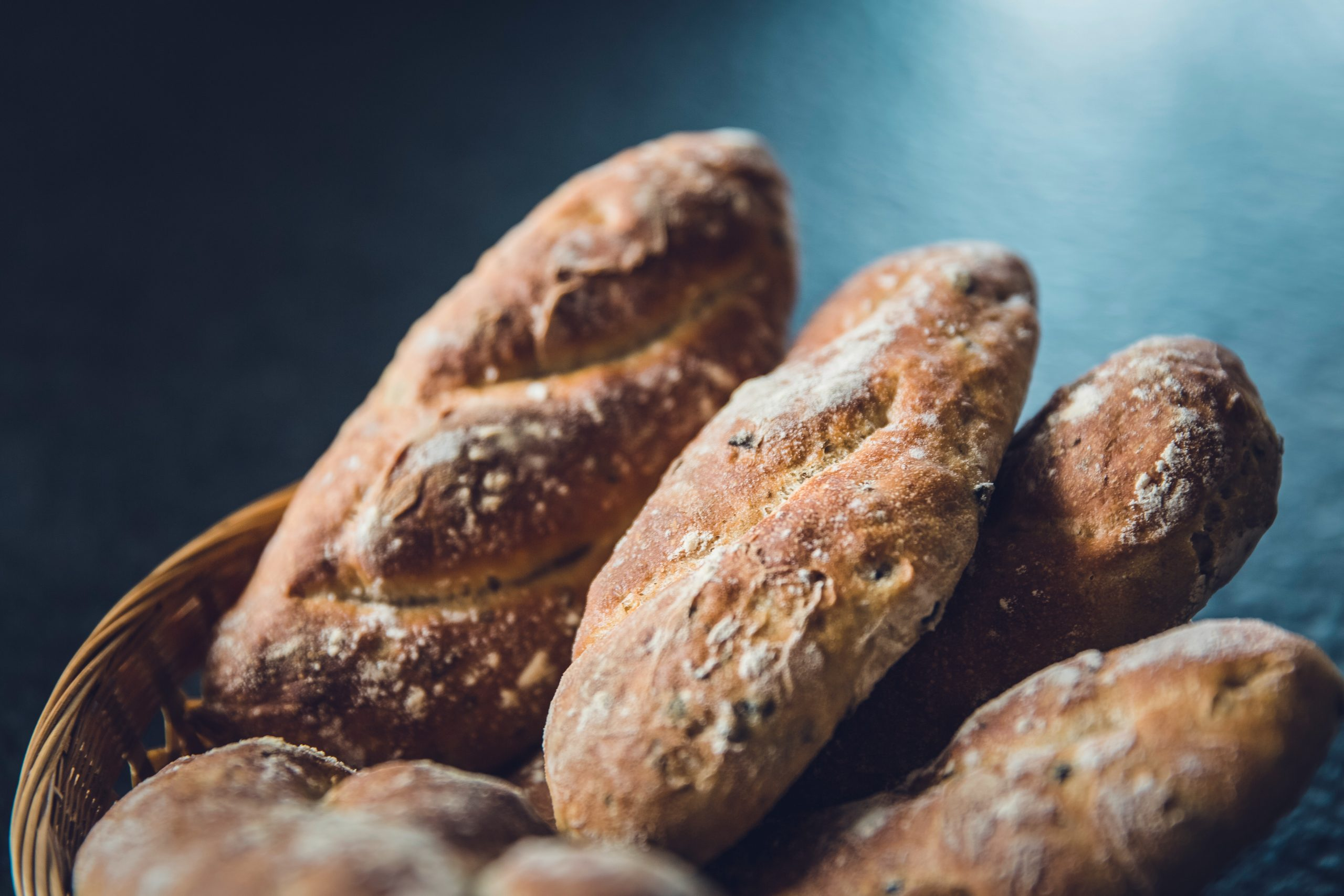 Bread in a basket; could you have a gluten sensitivity?